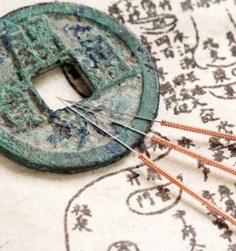 Thin acupuncture needles are used for pain free acupuncture at Acupuncture Center Toronto